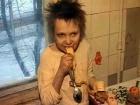 Женя Барсуков из Нижнего Новгорода до 13 лет воспитывался, как зверь.  Родители мальчика - Любовь Александровна и Владимир Германович -  говорят, что любят своего ребенка.