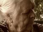 О том, какие проблемы возникают у пожилых людей в отношениях с собственными внуками и как их решать