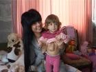 Насколько тяжело для женщины принять решение рожать ребенка-инвалида, и стоит ли рисковать, расскажет мама девочки, у которой сердце расположено прямо под кожей живота