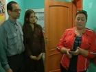 В программе «ЖКХ» - актриса Мария Аронова пытается помочь семье из Смоленска урегулировать конфликт с соседкой, возникший из-за перепланировки квартиры