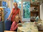 В программе «ЖКХ» - телеведущая Татьяна Лазарева помогает многодетной матери с ребенком-инвалидом получить внеочередное жилье