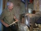 В программе «ЖКХ» - ведущий Первого канала Максим Шевченко помогает жителям поселка Беле Кушальское, которые 18 лет живут без отопления в домах