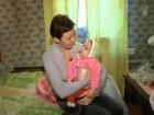 Программа «ЖКХ» возвращается к истории Татьяны, которая надеется получить жилье поближе к больнице, так как ее дочери-инвалиду в любой момент может потребоваться помощь врачей