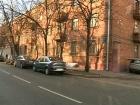 В программе «ЖКХ» - заслуженный тренер России Александр Жулин помогает жильцам разрушающегося дома в центре Москвы добиться признания его аварийным