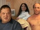 В студии «Пусть говорят» пытаются понять, что является причиной конфликта между соседями по коммуналке, и смогут ли отчаянные домохозяйки договориться между собой