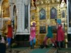 В студии «Пусть говорят» пытаются разобраться, какой кары заслуживают осквернители православных святынь, и как изгнать бесов, поселившихся в наших душах