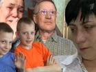 В студии «Пусть говорят» пытаются разобраться, из-за чего братьям-близнецам Кириллу и Никите при живых родителях и опекунах ищут новую семью
