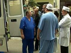 Московские врачи продолжают делать все возможное для двух выживших в авиакатастрофе