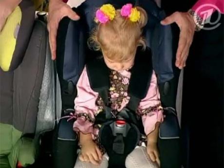 как перевозить детей в автомобиле фото