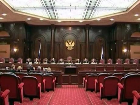 Конституционный суд РФ принял решение о выплатах семьям погибших военнослужащих.