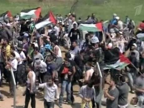 Границы Израиля были атакованы тысячами палестинских беженцев, есть погибшие