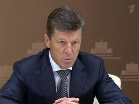 Строго наказывать глав администраций, не подготовивших программы развития ЖКХ, предложил Д.Козак