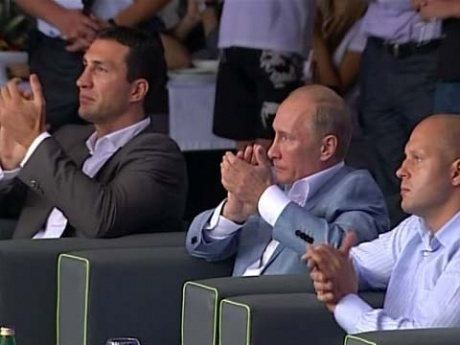 Владимир Путин поздравил победителей ''Боев без правил'' в Сочи