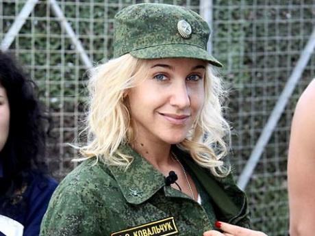 Юлю ковальчук забрили в армию