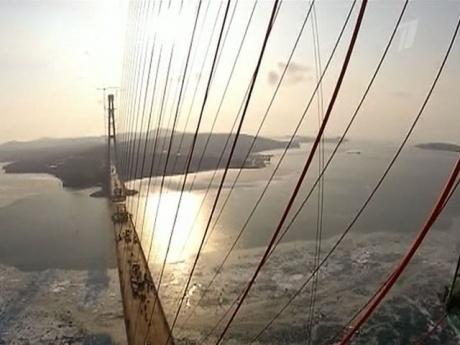 Во Владивостоке построен мост