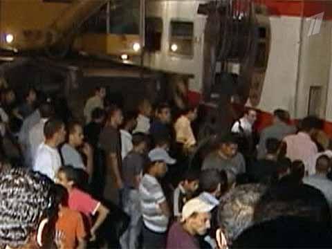 Остановкой пассажиры пустили поезд под откос 18 июл - Первый канал…