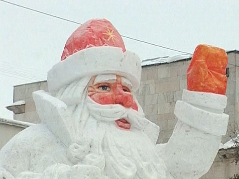 Дед мороз из снега своими руками как