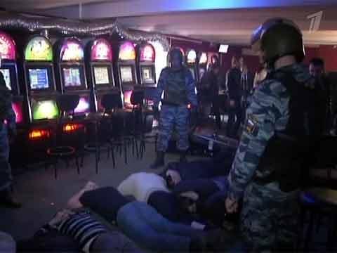 v-chelyabinske-deputat-otkril-podpolnoe-kazino