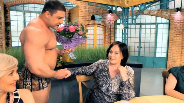 фото голых ведущих давай поженимся
