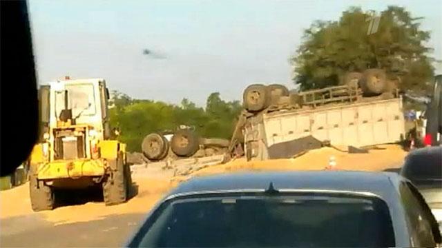 В Ростовской области в дорожной аварии погибли начальник полиции Ростова-на-Дону и водитель КамАЗа