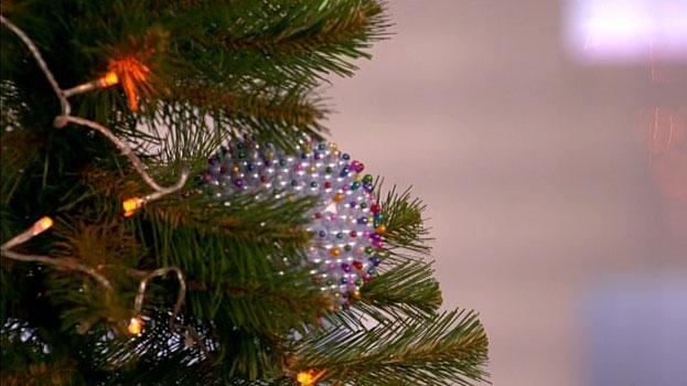 Делаем новогодний шарик своими руками