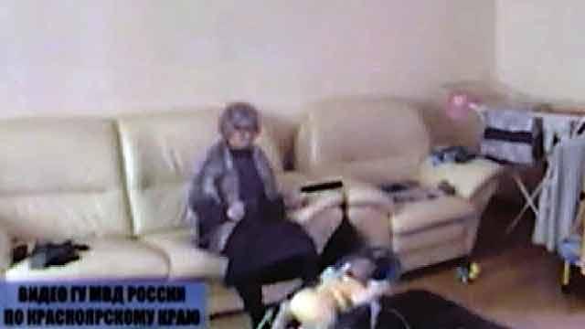 Няня постоянно избивала 9-месячного ребенка в Красноярске.