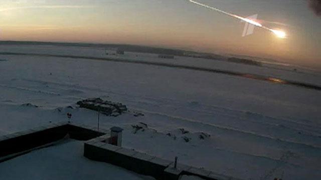 Новые кадры падения метеорита в Челябинской области