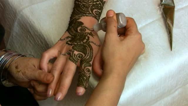 Временные татуировки хной таят в себе