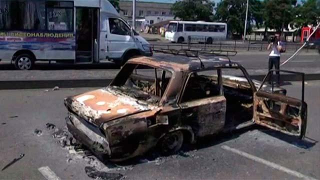 Украинские военные нанесли удары по жилым кварталам Луганска (видео +)