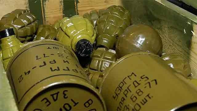 В ЛНР - последний день, когда жители могут сдать оружие, избежав уголовной ответственности