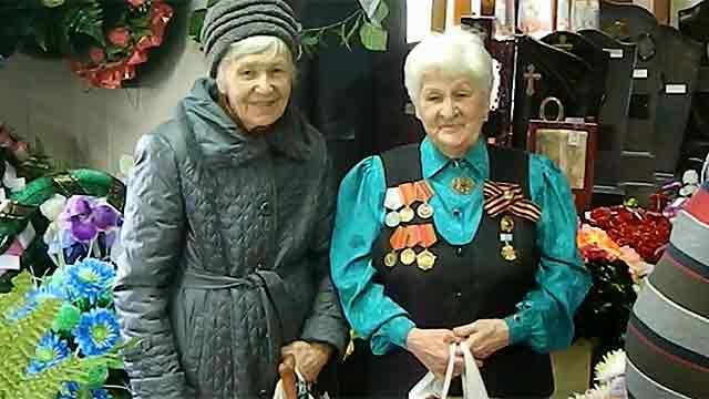 В Екатеринбурге ветеранам организовали праздничную экскурсию в похоронное бюро