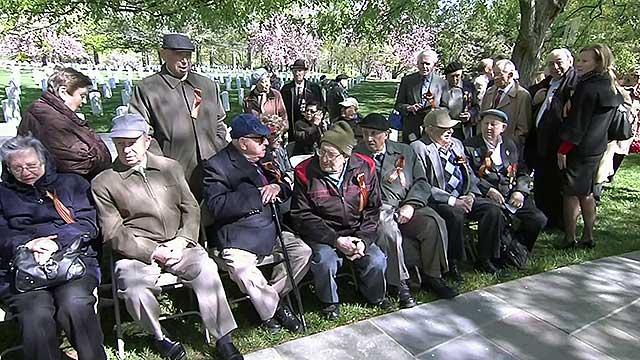 На Эльбе 70-лет спустя — историческую встречу войск с союзниками отмечают в Торгау