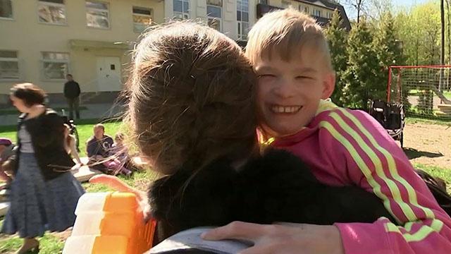 Журналисты Первого канала побывали в интернате для детей-инвалидов, открытом под патронажем РПЦ