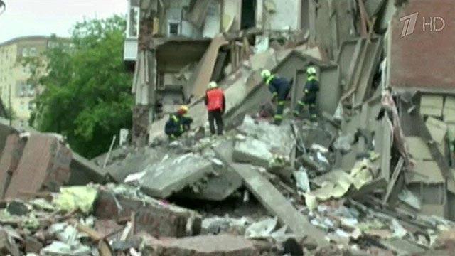 В Перми жильцы одного из домов были эвакуированы из-за угрозы обрушения - Первый канал