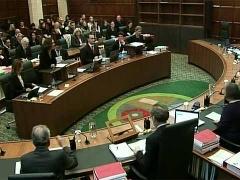 Верховный суд Великобритании счел, что практика молитвы перед заседаниями муниципальных советов… нарушает права человека